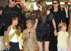 Angelina Jolie Takes Four Of Her Children To Japan