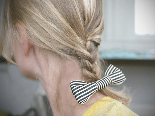 DIY: How To Make A Bow Hair Clip