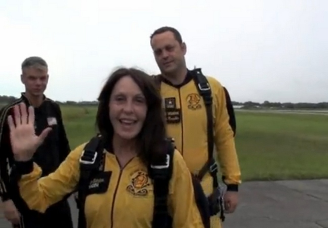 Vince Vaughn, black and yellow jump suit, parachute