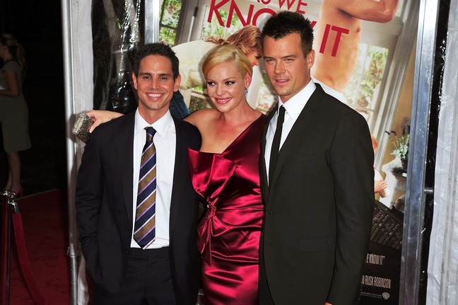 Katherine Heigl, red silk dress, silver clutch, earriings, Josh Duhamel, dark suit