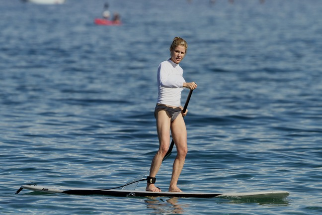 Julie Bowen, swimsuit, surfing