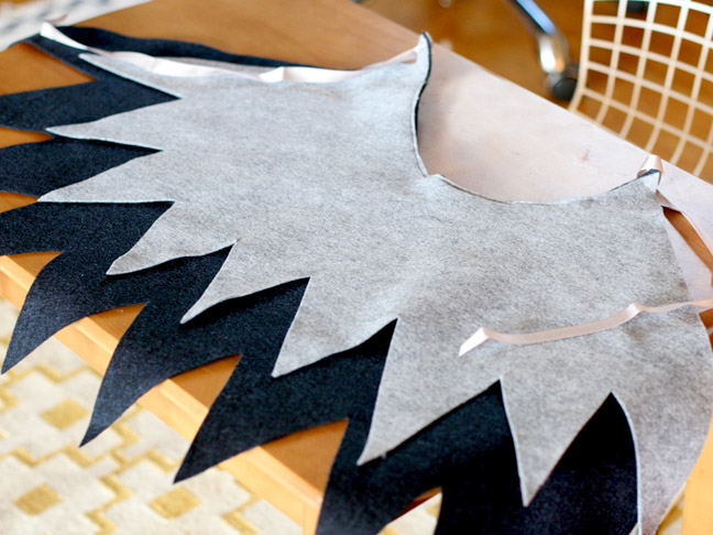 DIY: Easy Halloween Wings
