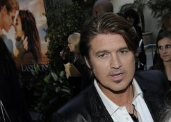 Tish And Billy Ray Cyrus File For Divorce