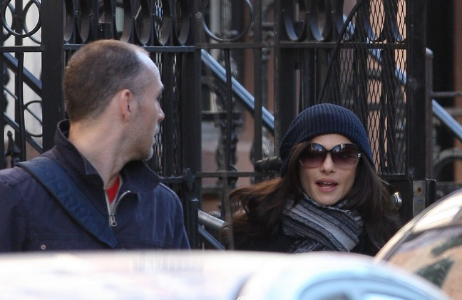 Rachel Weisz, sunglasses, blue knit hat, gray and black striped scarf