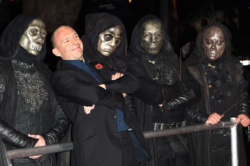 Ralph Fiennes, black suit, death eaters