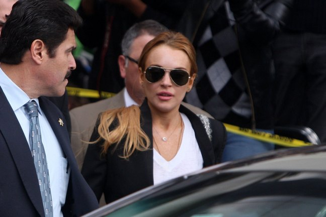 Lindsay Lohan, black jacket, white shirt, sunglasses