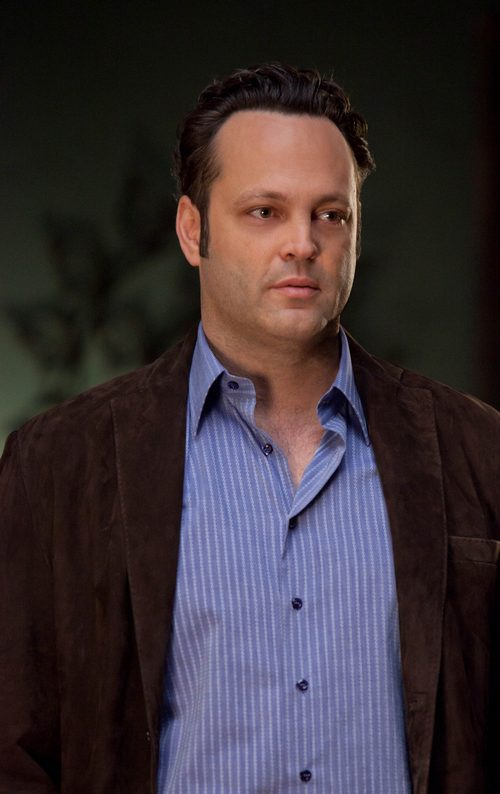vince Vaughn, black jacket, blue shirt, tie