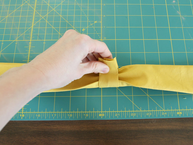 DIY BOW BELT