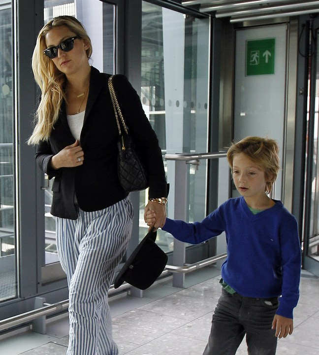 Kate Hudson with son Ryder, sunglasses, jeans