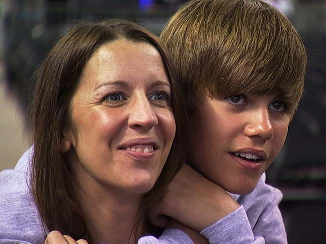 Justin Bieber As A Kid With His Mom