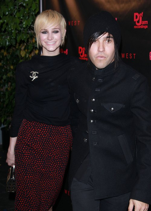 Pete Wentz Shares Bronx's Latest Tricks; Talks Divorce