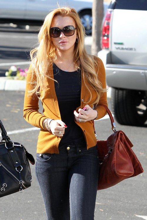 Lindsay Lohan Refuses Plea Deal; Heading To Trial