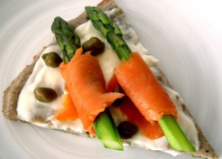 Smoked Salmon Asparagus Pizza