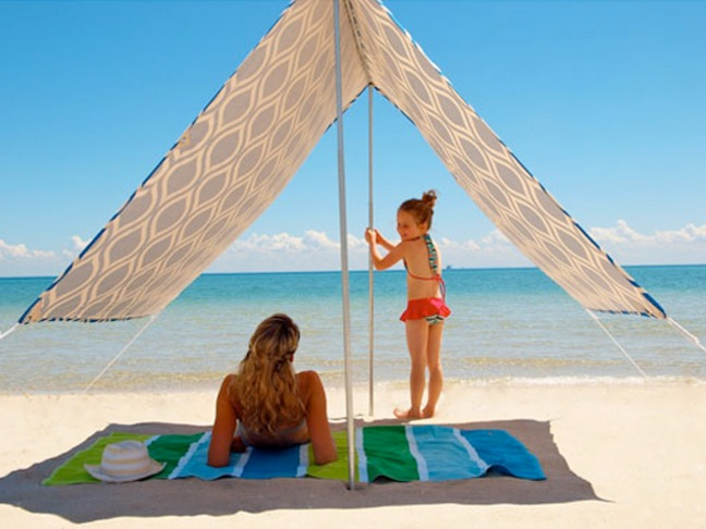 A Simple u0026 Stylish Solution For Staying Cool On The Beach : easy beach tent - memphite.com