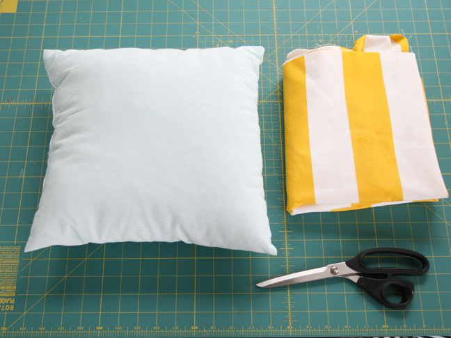 diy: simple envelope pillow tutorial - stepstep with photos Making Cushions and Pillows