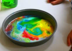 Science Experiment: DIY Rainbow Milk Art