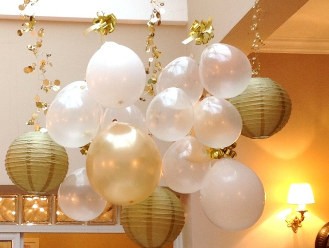 upside-down-balloons-party-6