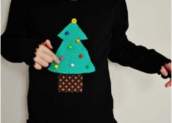 DIY Holiday: Tree Trimming T-Shirt