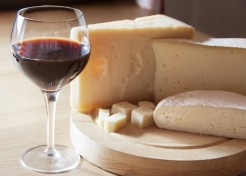 Your Guide To Wine And Cheese Pairings