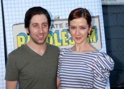 Simon Helberg Of 'The Big Bang Theory' To Be A First-Time Dad!