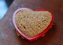 The Heart Sandwich For The Lunchbox