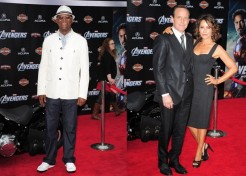 Red Carpet Fashions! Photo Gallery: 'The Avengers' Premieres In Los Angeles