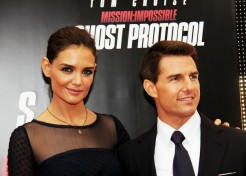 Katie Holmes And Tom Cruise Reach A Divorce Settlement!