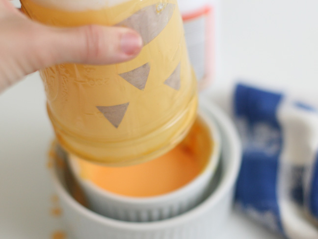 Pumpkin Mason Jars DIY Craft - Step 8