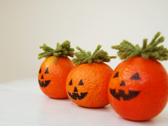 DIY Halloween Craft: Pumkpin Orange Decor