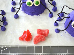 Spider Mni Cakes Recipe - Step 16A