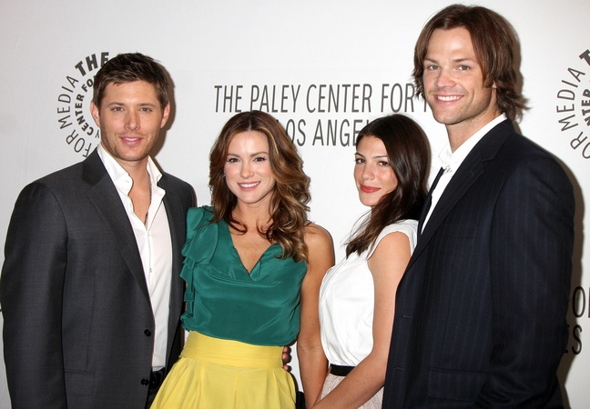 Supernatural Jensen Ackles Wife Jensen Ackles And His Wife