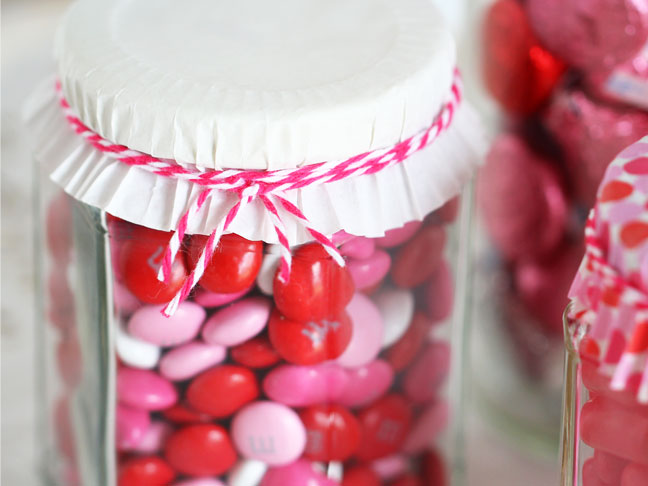 DIY Candy Jars For Valentineu0027s Day