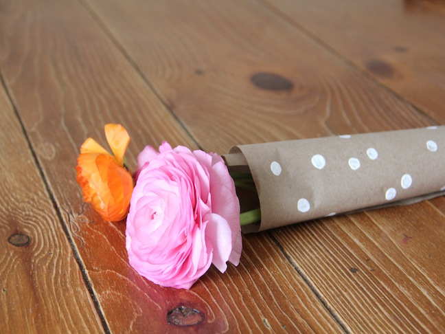 Flower Wrapping Paper DIY