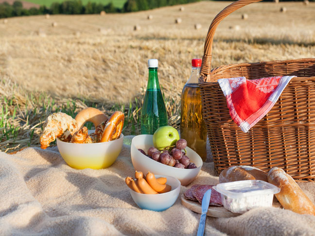 DIY Mother's Day Picnic Ideas