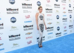 Red Carpet Fashion At The 2013 Billboard Music Awards
