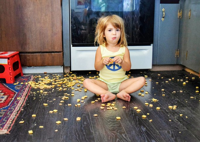 The Five Second Rule: The Secret Gross Thing Moms Do
