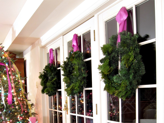 8 Indoor Holiday Decorating Ideas - Step 1