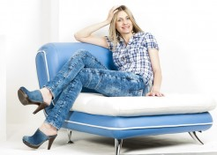 Denim Disasters Moms Must Avoid at All Costs
