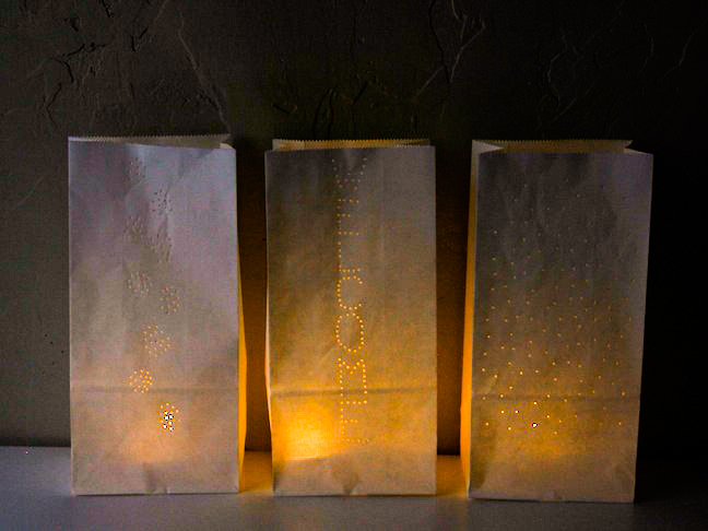 03-paper-bag-luminaries-diy-tutorial.jpg