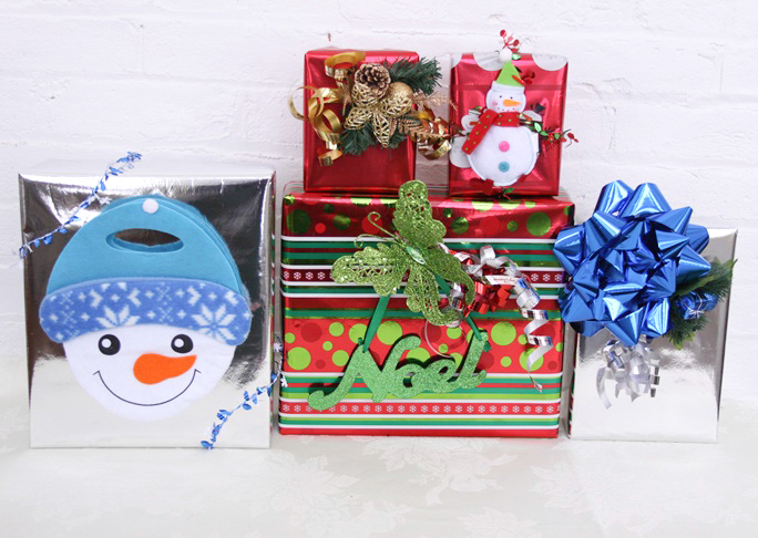 dollar_store_gift_wrap_ideas_final_2