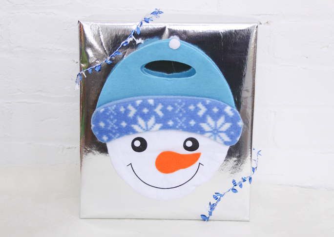 dollar_store_snowman_bag_gift_wrap_final_1