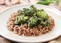 Pesto Broccoli with Whole Grains Recipe