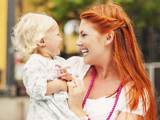 red-hair-mom-baby