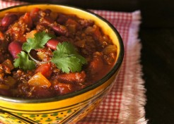 30-Minute Red Quinoa Vegetarian Chili Recipe