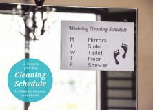 Clean One Thing a Day in Your Bathroom and Never Clean on the Weekend Again: A 5 Day Plan