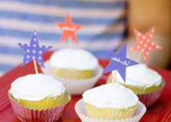 [FREE PRINTABLE] DIY Printable Fourth of July Cupcake Toppers