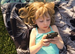 What's the Right Age to Give Your Child a Cell Phone?