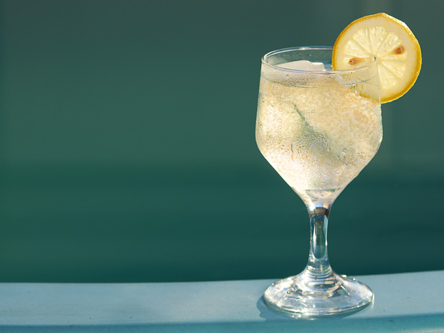 "The Juliet"" White Wine Spritzer Recipe"