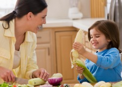 6 Mealtime Tasks Preschoolers Can Do