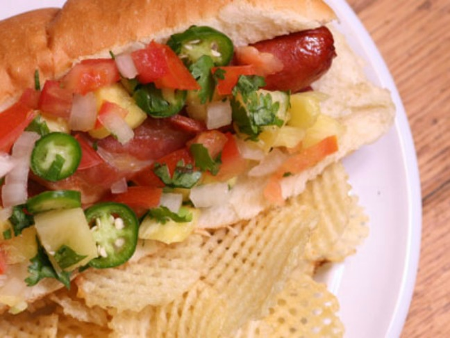 06 mexican-style-hot-dog-with-pineapple-pico-de-gallo
